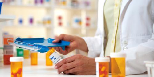 Zyski aptek rosną trzy razy wolniej niż sprzedaż leków