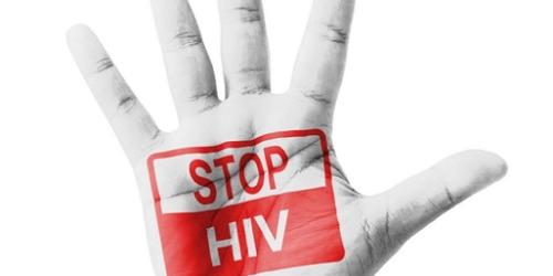 NIK: co roku liczba zakażonych HIV rośnie o kolejne 13 proc.