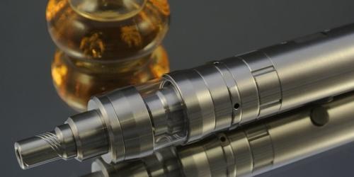 MZ chce by e-papierosy palono tylko w palarni