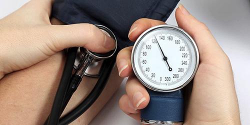 Infekcje pęcherza w wieku dziecięcym mogą wpływać na wartości ciśnienia tętniczego