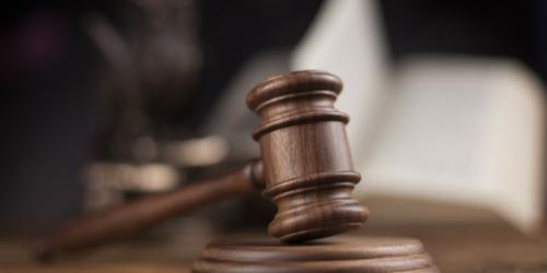 Sąd cofnął decyzję ORA i NRA w sprawie odebrania zezwolenia na prowadzenie apteki