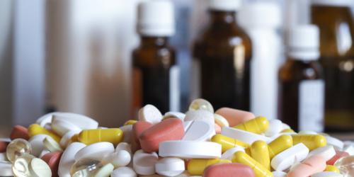 Polacy przyjmują nawet 30 różnych leków na raz