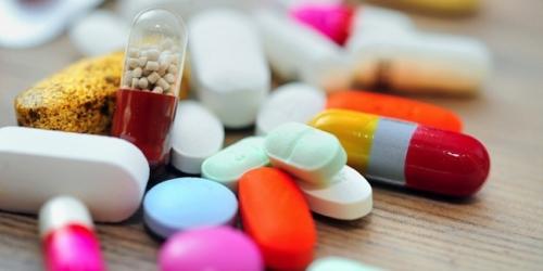 MZ: w obrocie pozaaptecznym powinny znajdować się wyłącznie leki potrzebne doraźnie