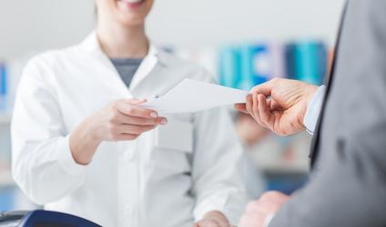 """Ministerstwo Zdrowia doprecyzuje pojęcie """"wykonywania zawodu farmaceuty"""""""