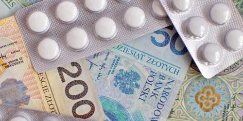 Przestępcy zakładają apteki by produkować narkotyki