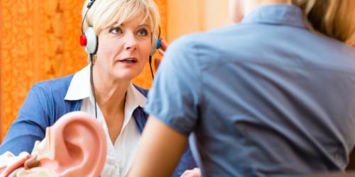 Pomoc dla osób z wadą słuchu