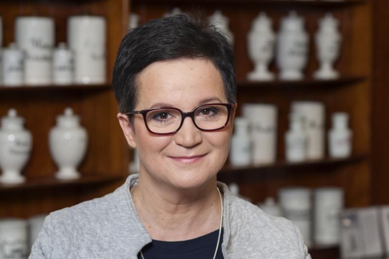 Elżbieta Piotrowska-Rutkowska krytycznie odniosła się do zapisów rezygnujących z zasady, że nowe apteki mogą być prowadzone wyłącznie przez farmaceutów