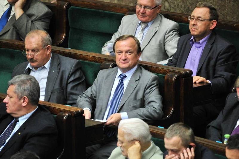 Jan Łopata z PSL: Uważamy, że jest to bardzo ważna i potrzebna ustawa.