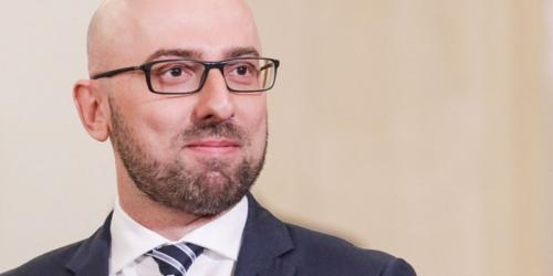 Minister Łapiński: Podpisanie noweli prawa farmaceutycznego poprzedziły szerokie konsultacje