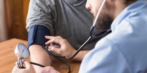 Nawet 40% pacjentów nie przyjmuje swoich leków na nadciśnienie
