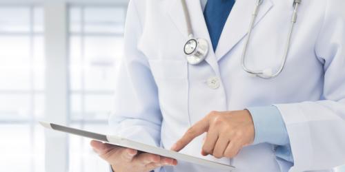 Leki coraz częściej eksportują NZOZ-y