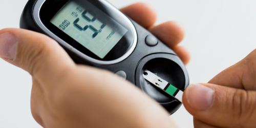Samodzielny monitoring glukozy nie sprawdza się