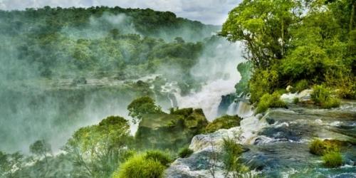 Wakacje w tropikach o podwyższonym ryzyku