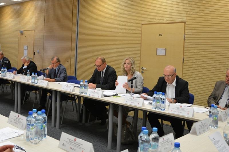 W spotkaniu wziął udział Tomasz Barszcz - Prezes Lubelskiej  Okręgowej Izby Aptekarskiej (fot.: lubelskie.pl)