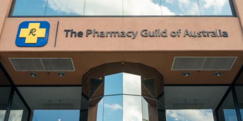 Australia: farmaceuci będą mogli zaszczepić więcej młodych osób