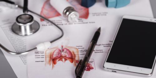 Inteligentne inhalatory w walce z astmą
