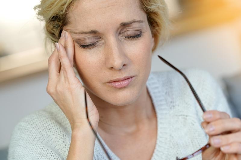 W świetle nowej teorii, zapobiegając stresowi oksydacyjnemu w organizmie, możemy zmniejszyć liczbę ataków migreny. (fot. Shutterstock)