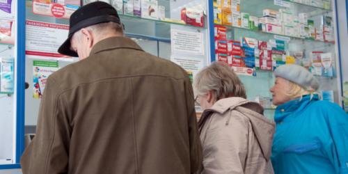Chorzy muszą omijać przepisy, by kupić leki na przeziębienie?