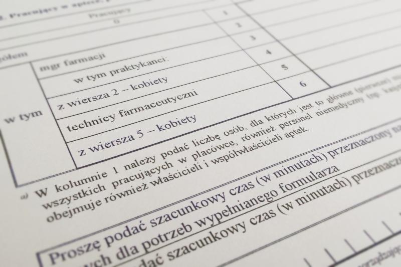 Przy podawaniu liczby pracujących według głównego miejsca pracy [u]należy przyjąć zasadę jednorazowego ujmowania osób pracujących w kilku miejscach pracy. (fot. MGR.FARM)