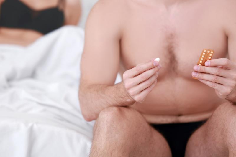 Czy jesteśmy coraz bliżej równouprawnienia w dziedzinie antykoncepcji? (fot. Shutterstock)