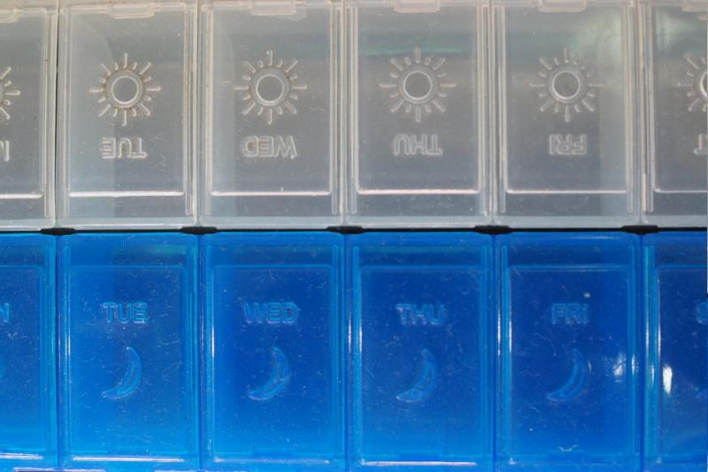 Nie jest tajemnicą, że leki podawane doustnie za dnia cechuje zdecydowanie większa biodostępność. (fot. Shutterstock)