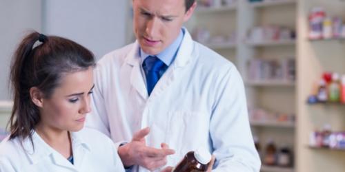 Czy farmaceuta może ocenić suplement diety w aptece?