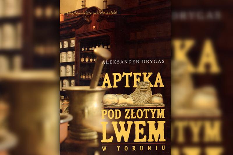 """Podczas niemieckiej okupacji w okresie II wojny światowej apteki, w tym apteka """"Pod Złotym Lwem"""", przeszły pod niemiecki zarząd."""