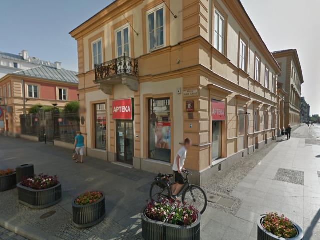 Zabytkowa apteka przy Nowym Świecie niedługo ma znów powrócić (fot. Google Street View)