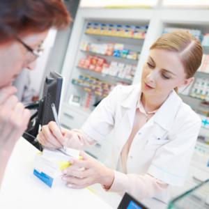Odpowiedzialność zawodowa – farmaceuta nie może zasłaniać się automatem