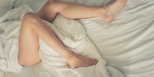 Zespół Niespokojnych Nóg: Hasło reklamowe czy prawdziwa choroba?