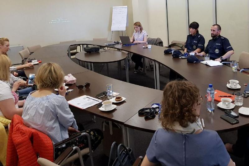 W spotkaniu wzięli udział przedstawiciele aptek z całego regionu województwa kujawsko-pomorskiego. (fot. kujawsko-pomorska.policja.gov.pl)