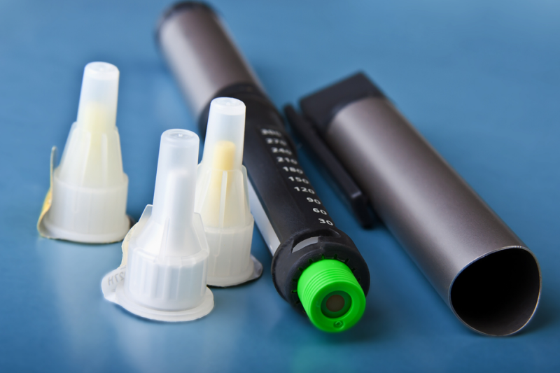 Konsekwencją zmiany polityki firmy Eli Lilly są problemy niektórych aptek, w dostępie do bezpłatnych igieł dla pacjentów stosujących insuliny (fot. Shutterstock)