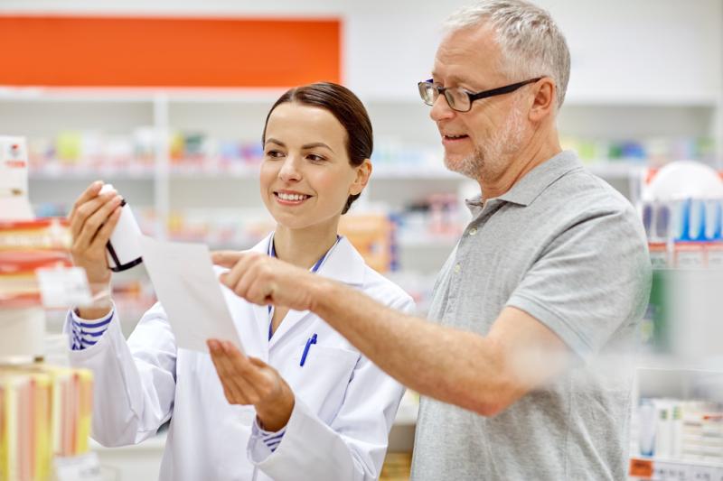 """Umiejętne """"sklasyfikowanie"""" pacjenta pozwala na odpowiednie dostosowanie się do niego i znalezienie wspólnego języka. (fot. Shutterstock)"""