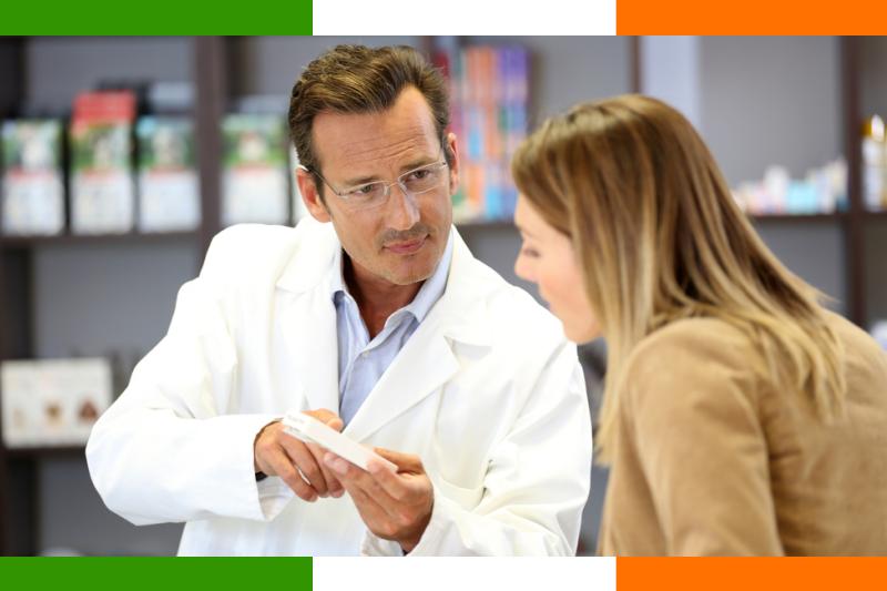 Kiedy pacjentka przychodzi do apteki i informuje personel OTC, że szuka EHC, otrzymuje do wypełnienia formularz, w którym podaje swoje dane: imię i nazwisko, adres, wiek (fot. Shutterstock)
