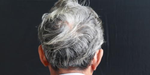 Nie da się przywrócić koloru włosa tym szamponem…