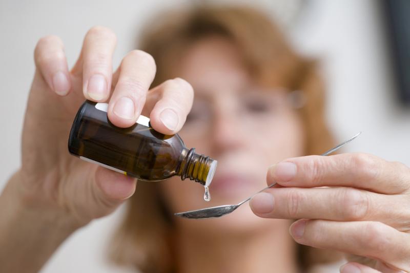 Milocardin wskazany jest do stosowania w nadmiernej pobudliwości nerwowej, która może objawiać się pod postacią czynnościowych zaburzeń układu krążenia, manifestowanych tachykardią zatokową (fot. Shutterstock)