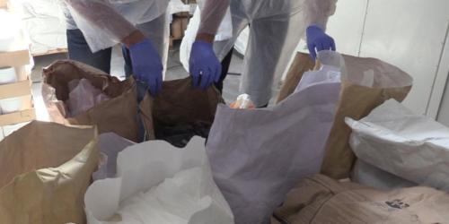 Nielegalnie produkowano leki na potencję i sterydy warte 9 mln zł