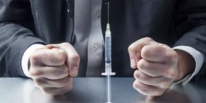 Burza wokół szczepionek z aptek i pisma Porozumienia Zielonogórskiego