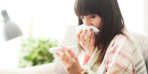 Naczelna Izba Aptekarska radzi jak przetrwać sezon infekcji wirusowych…