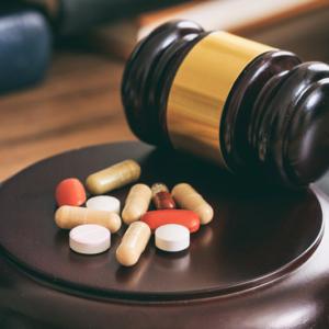 Apteka dla aptekarza, czyli młot na nielegalnie wywożących leki