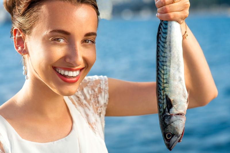 Pod wpływem środków antydepresyjnych ryby stają się mniej czujne wobec drapieżników, a samce ptaków mniej śpiewają samicom (fot. Shutterstock)