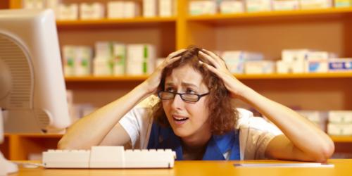 Błąd w projekcie ustawy o zawodzie pozbawił farmaceutów niezależności?