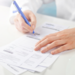 Ginekolog z Włoszczowy wystawił ponad 250 fałszywych recept