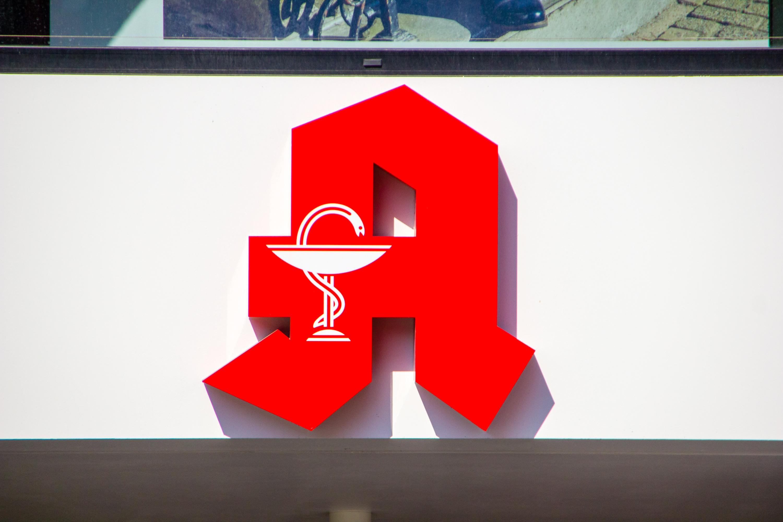 O tym jak wyglądają dyżury aptek w Niemczech opowiada farmaceuta, który żyje i pracuje w tym kraju (fot. Shutterstock)