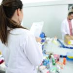 Apteki szpitalne i dostawa leków do domu