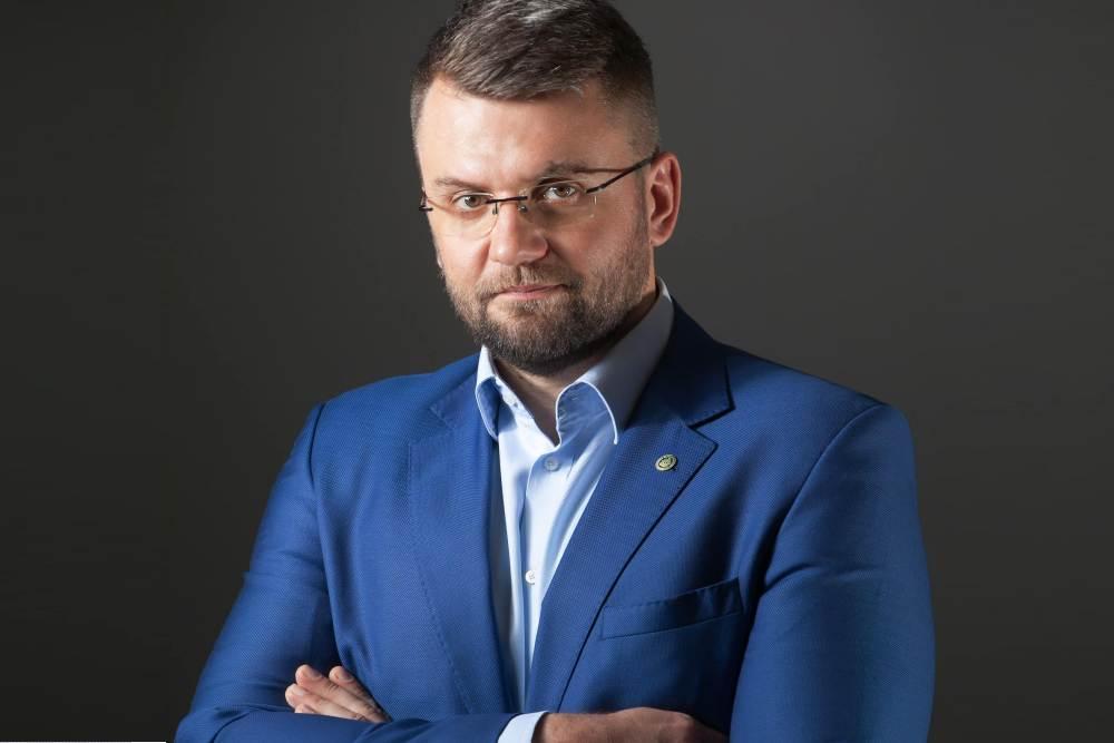 """""""Data 9 lutego 2019 roku to początek podróży, której uczestnikami – w mniejszym lub większym stopniu – są wszyscy uczestnicy łańcucha dystrybucji leków do pacjenta"""" - mówi prezes Fundacji KOWAL, Michał Kaczmarski (fot. MGR.FARM)"""