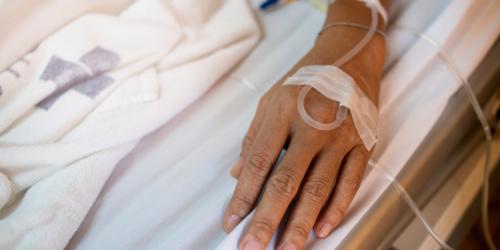 Techniczka pomyliła dawkę morfiny. Pacjentka nie żyje…