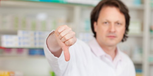 Projekt ustawy o zawodzie farmaceuty do kosza? Niektórzy aptekarze krytykują…