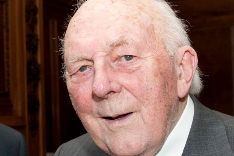 Zmarł doktor Stewart Adams, wynalazca ibuprofenu (fot. Nottingham University)