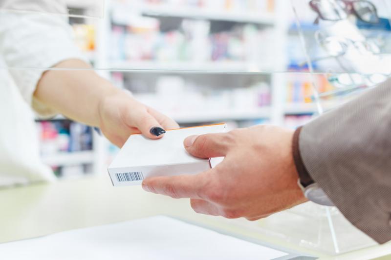 Lek Vasosan (cholestyramina), stosowany w leczeniu świądu skóry w przebiegu cholestazy, jest niedostępny w Polsce (fot. Shutterstock)